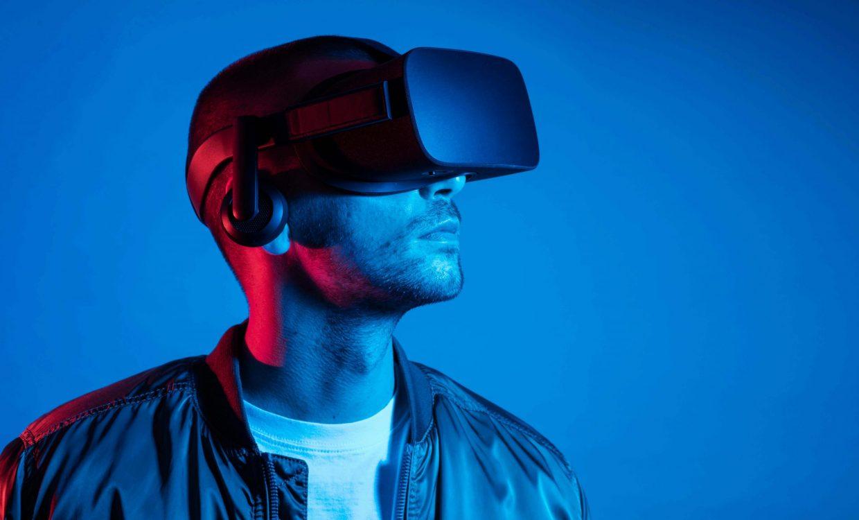 close-up-man-wearing-virtual-reality-gadget (1) (1) (1)